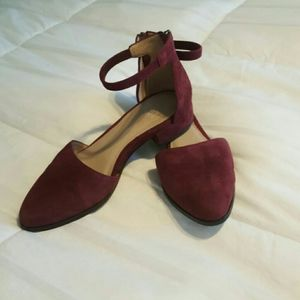 Eileen Fisher Hutton plum suede size 5.5